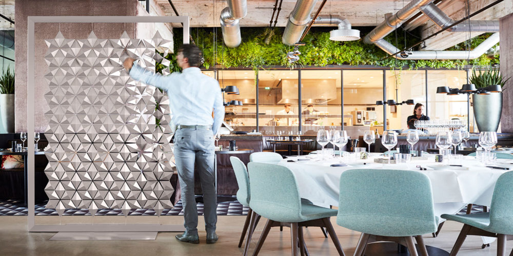 Restaurant and bar partition that adds the finishing touch