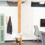 Inspirador divisor espacio oficina Facet en color Blanco y ancho 204cm x alto 187cm