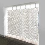 Separador de ambientes con un hermoso patrón Facet en color Blanco y ancho 238cm x alto 207cm